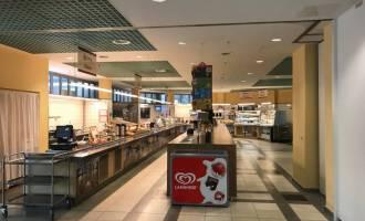 Auswahl- und Ausgabebereich Betriebsrestaurant
