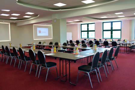 Für den Konferenzraum: Raumaufteilung und Bestuhlung